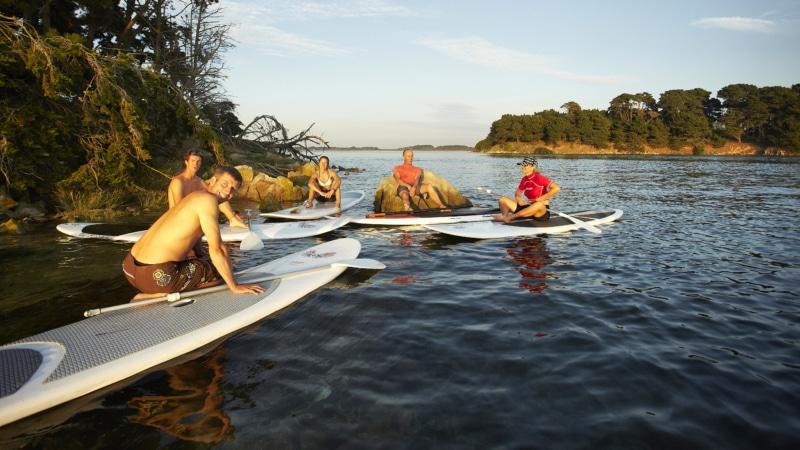 Stand up paddle au bord des iles du Golfe du Morbihan