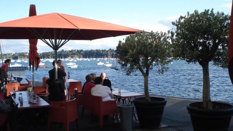 Déjeuner en terrasse à Dinard