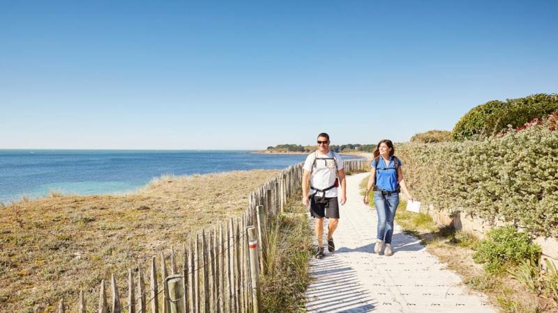Randonnée sur le GR 34 en Presqu'île de Rhuys - plage du Fogeo
