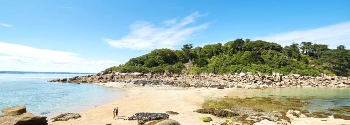 Aller faire une balade sur l'ile Milliau accessible à marée basse