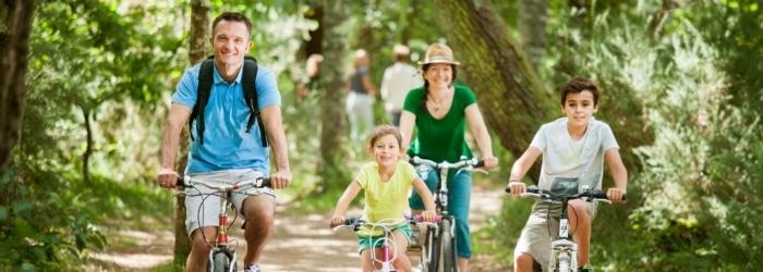 Parcourir la Voie Verte en vélo vers la côte sauvage