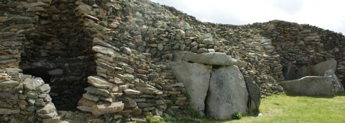 Visite du Cairn de Barnenez