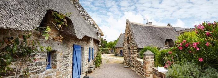 Visiter le village de chaumière de Kerascoët