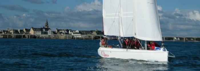 Faire une sortie accompagnée en Goélette avec le centre nautique de Roscoff