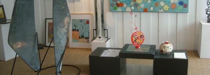 Visiter la Galerie Différence : œuvres d'artistes et d'artisans d'art à Carantec
