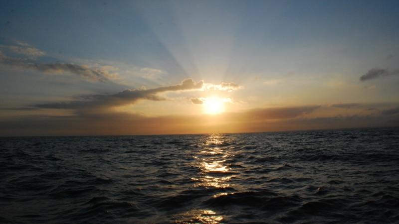 Lumière du lever du jour au large de Saint-Cast le Guildo