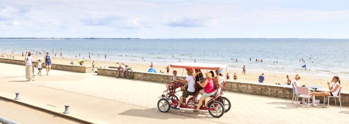 Balade à vélo ou en rosalie sur le front de mer