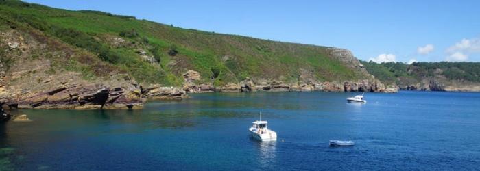 Embarquez à la découverte des côtes morgatoises et de la voile traditionnelle.
