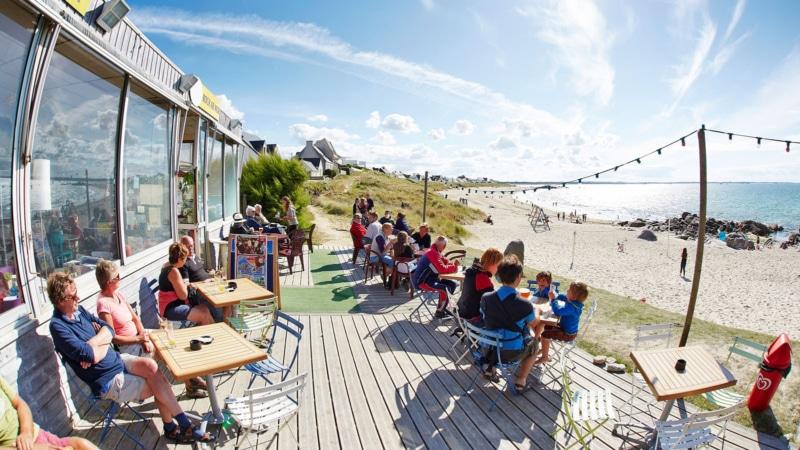 Top 5 de mes spots pour boire un apéro vue sur mer en Bretagne !