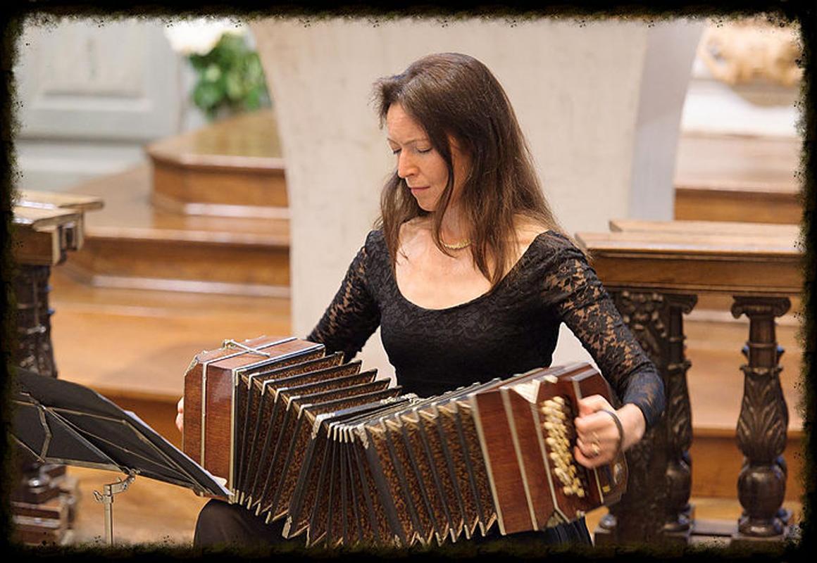 Concert de Kristina Kuusisto – Violoncelle et bandonéon.